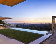 440     TROUSDALE Place, Beverly Hills image