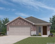 176 Middle Green Loop, Floresville image
