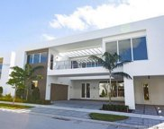 10250 Nw 74th Ter, Doral image