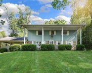 121 Pinetree Dr., Export image
