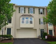 6015 Middlefield Dr, South Fayette image