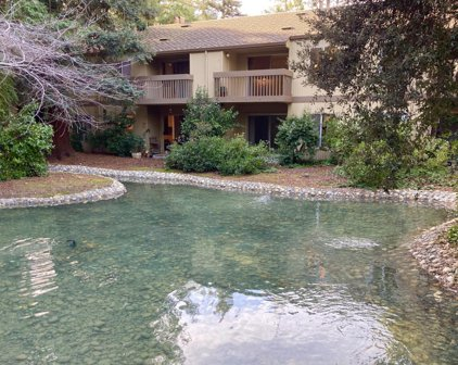 505 Cypress Point Dr 301, Mountain View