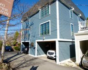 9 Hanover Ct Unit 1, Marblehead image
