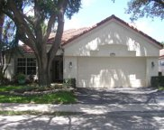 2977 Oak Park Cir, Davie image