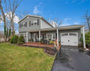 4 Anker  Ct, Patchogue image