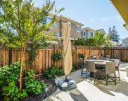 8 Kentfield Ct, Redwood City image