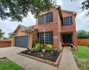 8801 Friendswood Drive, Fort Worth image