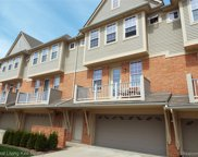 5047 Paladin Dr, Shelby Twp image