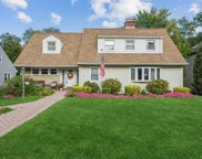 3 Anpell  Drive, Scarsdale image