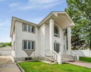 253-16 Cullman Ave, Little Neck image