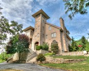 11777 N Crooked Road, Kansas City image