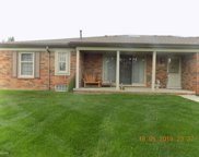 49012 Hickory Ct, Shelby Twp image