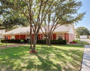 105 Oak Valley Drive, Colleyville image