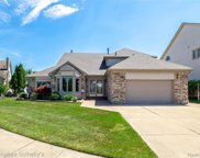 51366 Sandshores Dr, Shelby Twp image