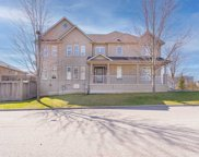 54 Revelstoke Cres, Richmond Hill image