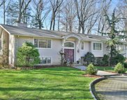 692 High Mountain Road, Franklin Lakes image