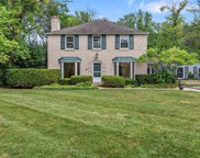 601 Raleigh Road, Glenview image