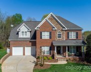 14743 Greenpoint  Lane Unit #379, Huntersville image
