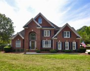 105  Kings Crest Drive, Mooresville image