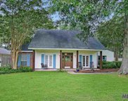 6230 Feather Nest Ln, Baton Rouge image