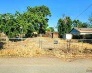1114 Park, Shafter image