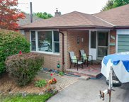 214 Lupin Dr, Whitby image