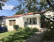 8927 Garland Ave, Surfside image