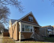 4558 South Komensky Avenue, Chicago image