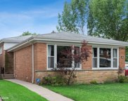 2755 West Fitch Avenue, Chicago image