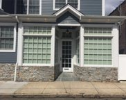 54 Roslyn Ave, Sea Cliff image