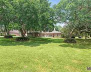626 Woodleigh Dr, Baton Rouge image