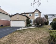 42 Fieldview Cres, Whitby image