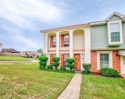 541 W Highland Woods Drive W, Mobile image
