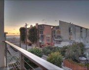 20     Ironsides Street   16 Unit 16, Venice image