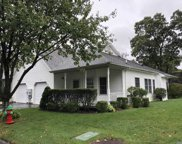 57 Oyster Cove Ln, Blue Point image