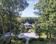 25 Thorman Ln, Huntington image