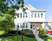8 East Euclid Avenue, Arlington Heights image