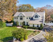 9 Baron Ct, Stony Brook image
