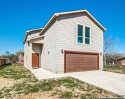 660 Viewpoint Dr, Poteet image