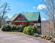 2820 Grist Mill Ln, Sevierville image