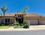 547 E Parkview Drive, Gilbert image
