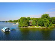 4595 Enchanted Point, Shorewood image
