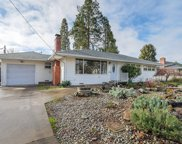 811 Ne Clyde  Place, Grants Pass image