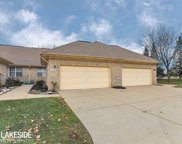5635 Seabreeze Ln, Sterling Heights image