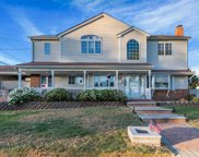 410 Mansfield Ave, Levittown image