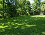 140 Ravine Forest Drive, Lake Bluff image