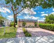 6728 Crooked Palm Ter, Miami Lakes image