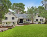 21 Buttonwood Ln, Weston image