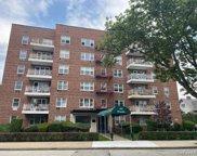 415 Gramatan  Avenue Unit #4J, Mount Vernon image