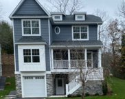 6 Piccadilly  Court, Port Jefferson image
